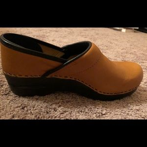 Sanita Caramel Colored New Shoes